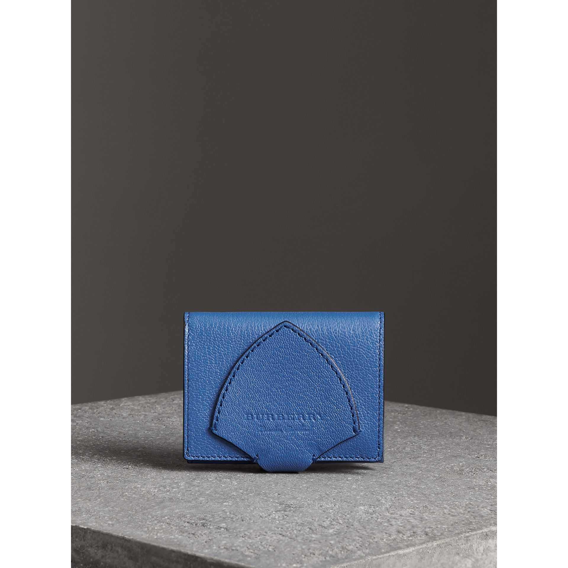 Equestrian Shield Two-tone Leather Folding Wallet in Hydrangea Blue - Women | Burberry Australia - gallery image 4