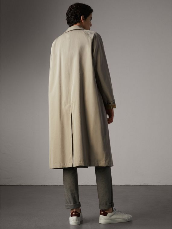 The Brighton – Longline Car Coat in Sandstone - Men | Burberry - cell image 2