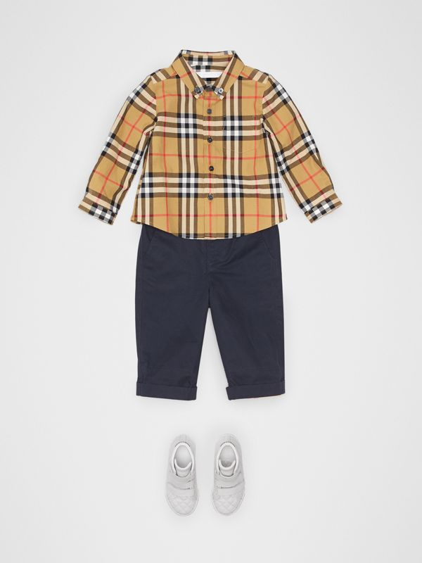Camicia in cotone con motivo Vintage check e colletto button-down (Giallo Antico) - Bambino | Burberry - cell image 2