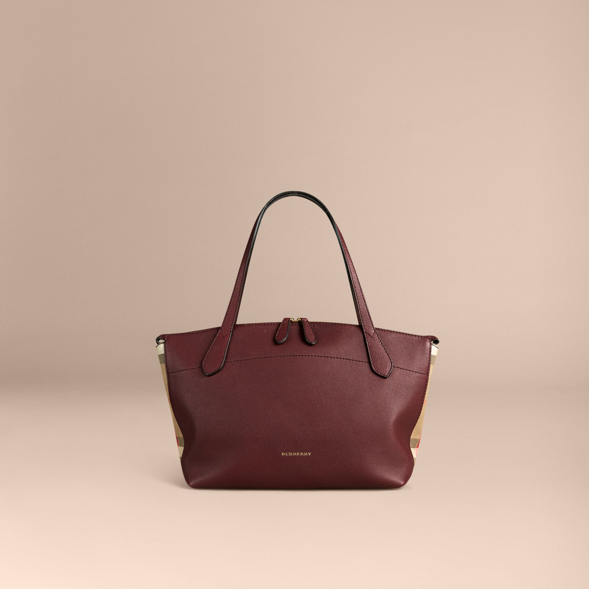 Rouge acajou Sac tote medium en cuir et coton House check Rouge Acajou - photo de la galerie 7
