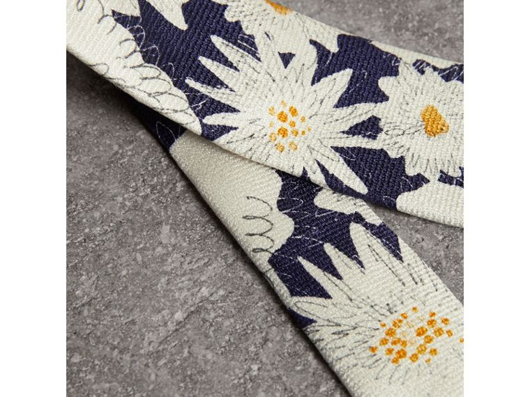 Slim Cut Daisy Print Silk Tie in Navy - Men | Burberry Hong Kong - cell image 1