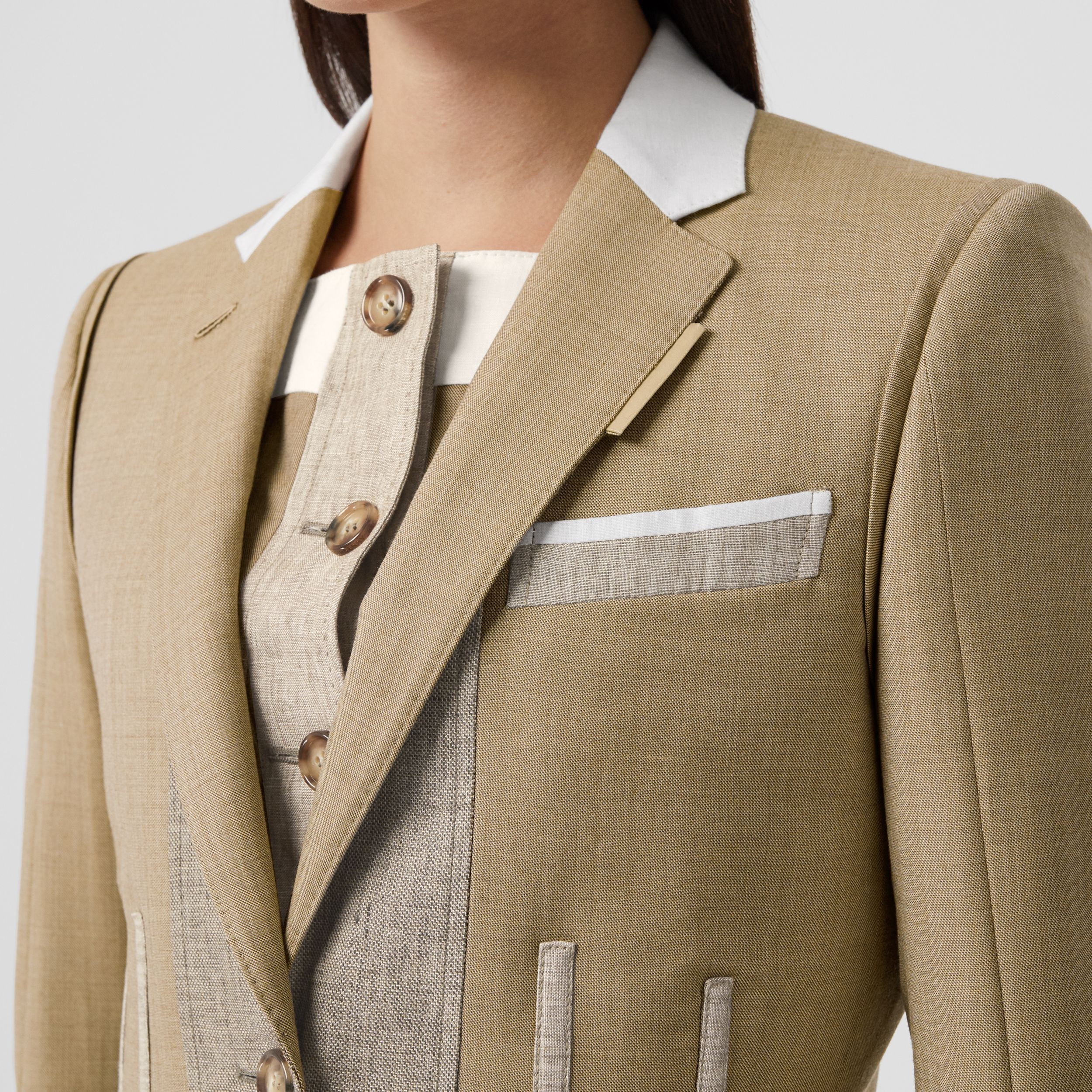 Contrast Seam Wool Cashmere and Linen Blazer in Pecan Melange - Women | Burberry - 2