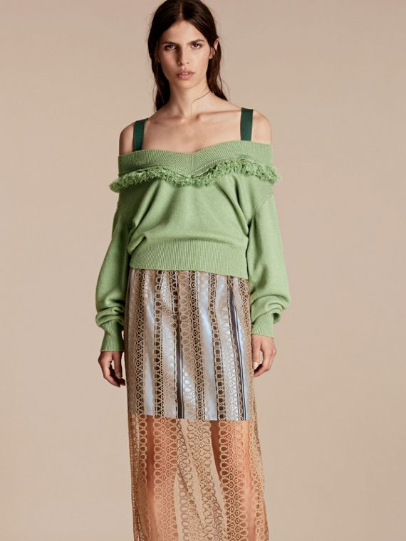 Cashmere Off-the-shoulder Sweater with Fringing Apple Green