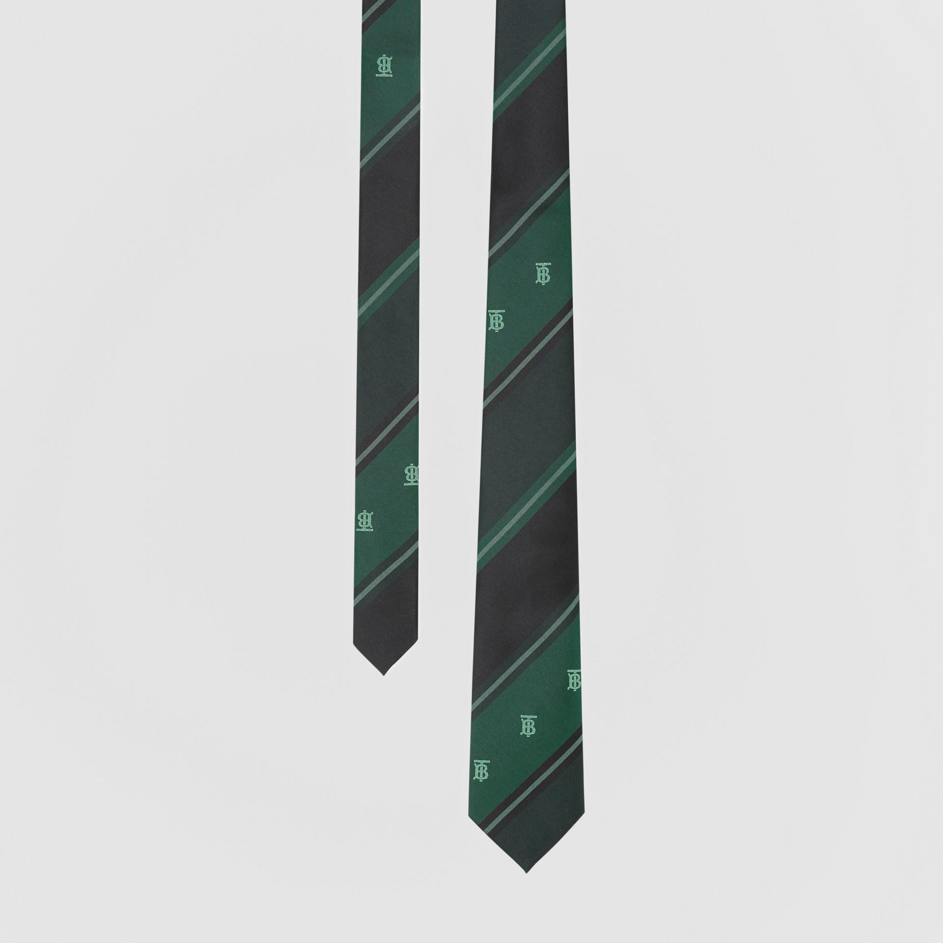Cravate classique rayée en jacquard de soie Monogram (Vert Forêt) - Homme | Burberry Canada - photo de la galerie 0