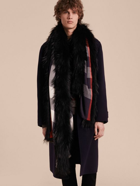 Raccoon Trim Check Wool Cashmere Scarf in Navy - Women | Burberry - cell image 3