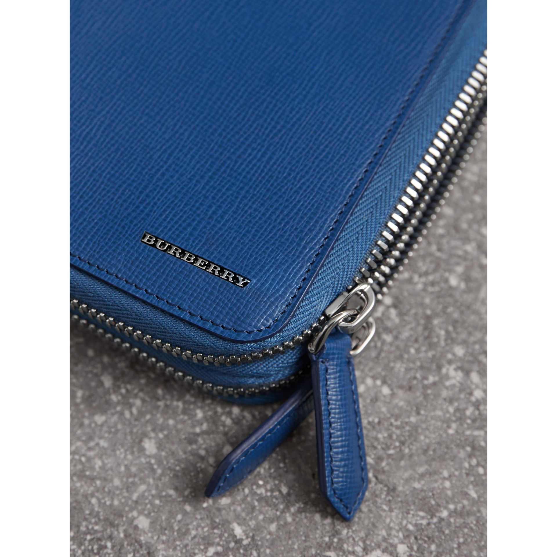 London Leather Travel Wallet in Deep Blue | Burberry - gallery image 1