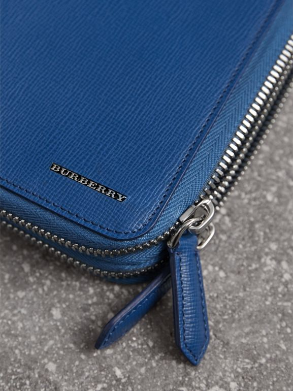 London Leather Travel Wallet in Deep Blue | Burberry - cell image 1