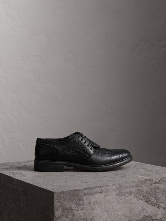 Lace-up Brogue Detail Textured Leather Asymmetric Shoes in Black