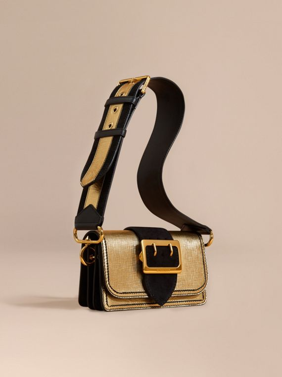 Borsa The Buckle piccola in pelle metallizzata e scamosciata