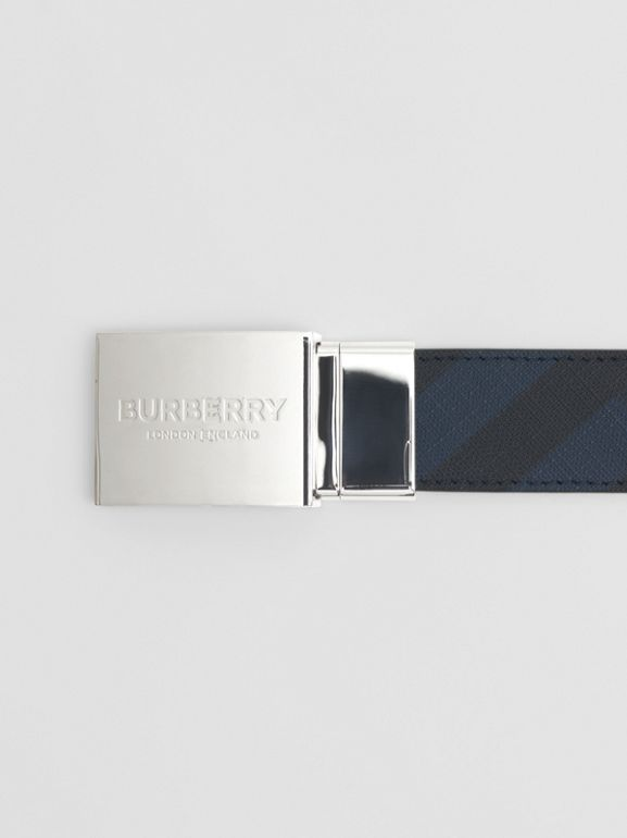 Reversible Plaque Buckle London Check Belt in Navy/black - Men | Burberry - cell image 1