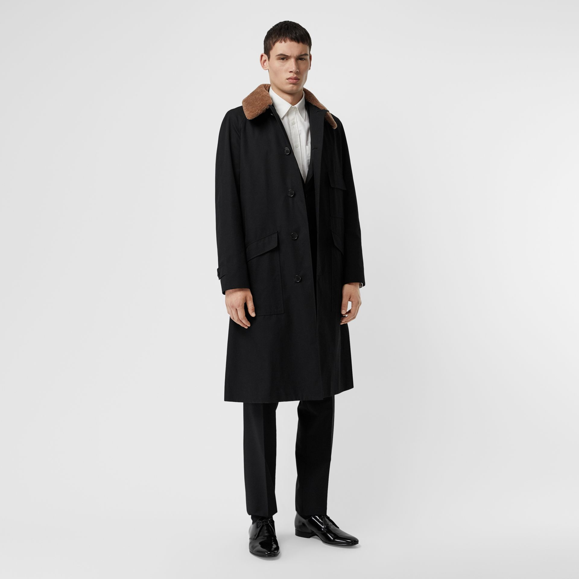Contrast Shearling Collar Cotton Car Coat in Black - Men | Burberry Singapore - gallery image 0