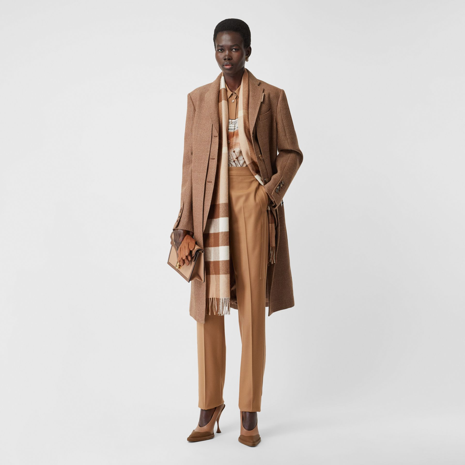 Check Cashmere Scarf in Mid Camel | Burberry United Kingdom - gallery image 5