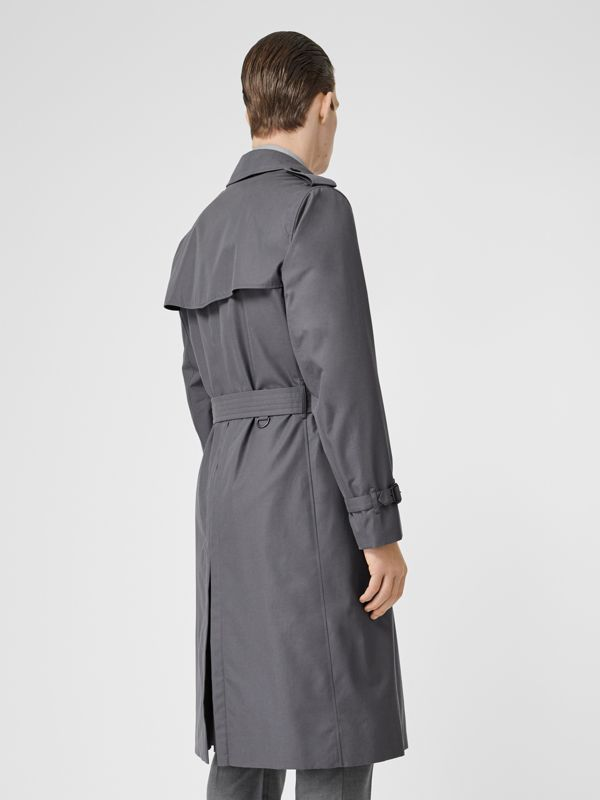The Long Chelsea Heritage Trench Coat in Mid Grey - Men | Burberry Hong Kong - cell image 2