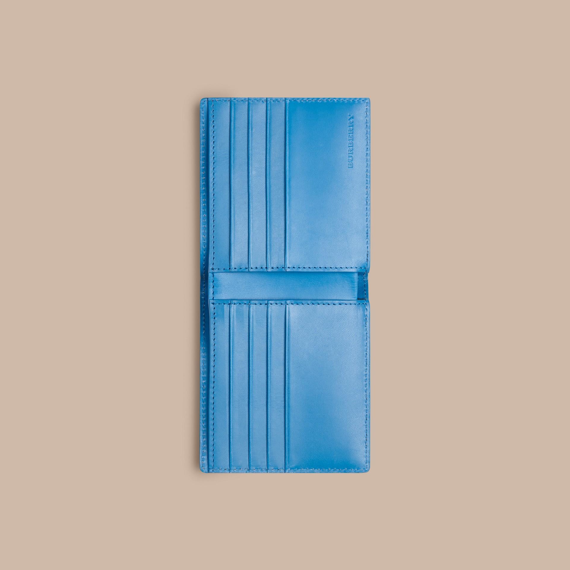 Лазурно-синий Складной бумажник из кожи с тиснением Лазурно-синий - изображение 4