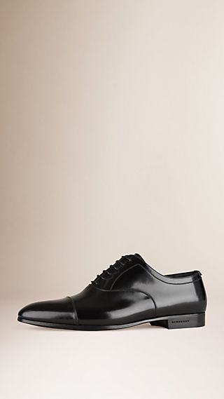 Classiche scarpe Oxford in pelle