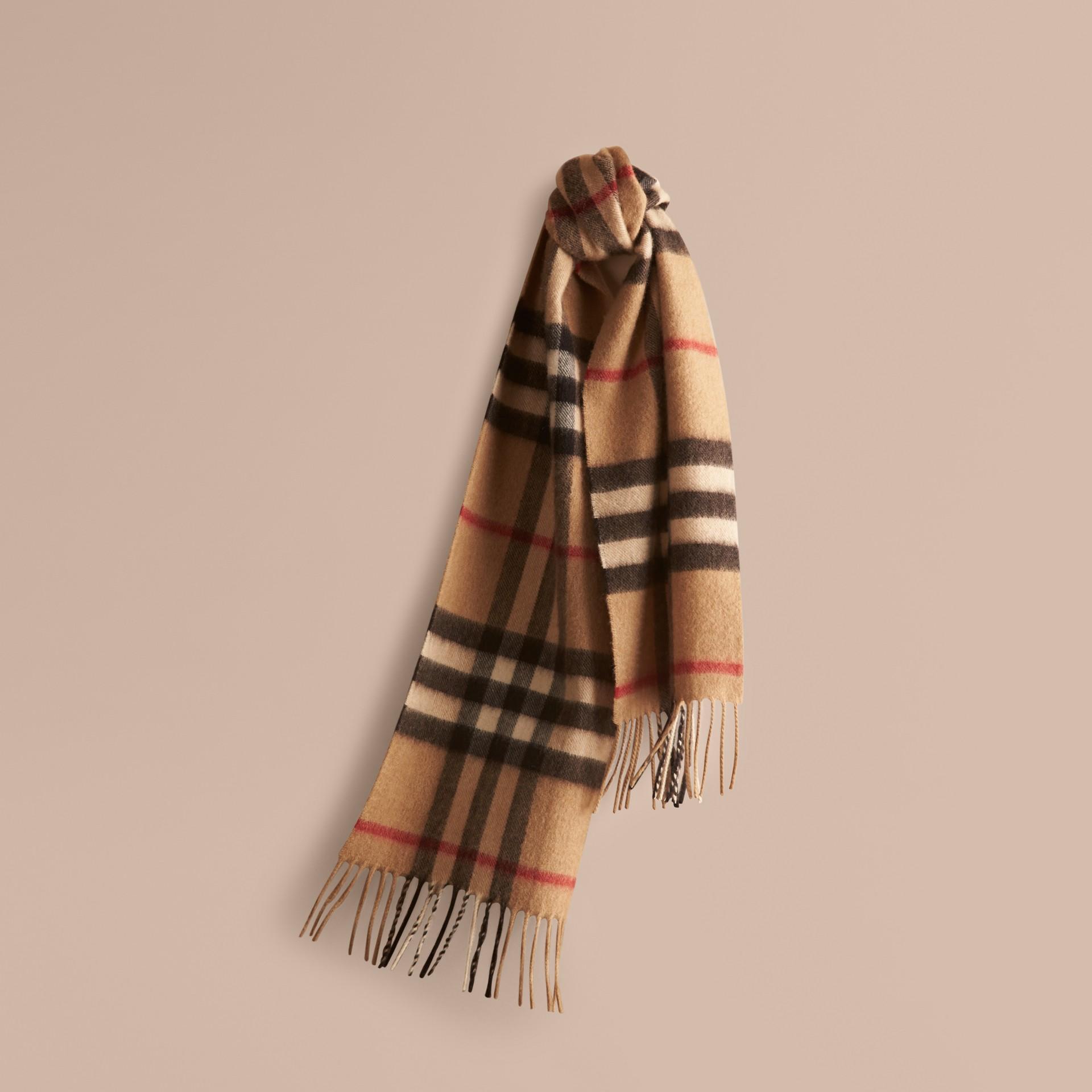 Check cammello Sciarpa classica mini in cashmere con motivo tartan Check Cammello - immagine della galleria 5