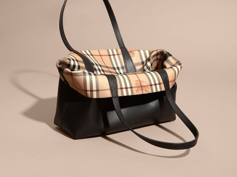 The Small Reversible Tote in Haymarket Check and Leather in Black - Women | Burberry - cell image 4