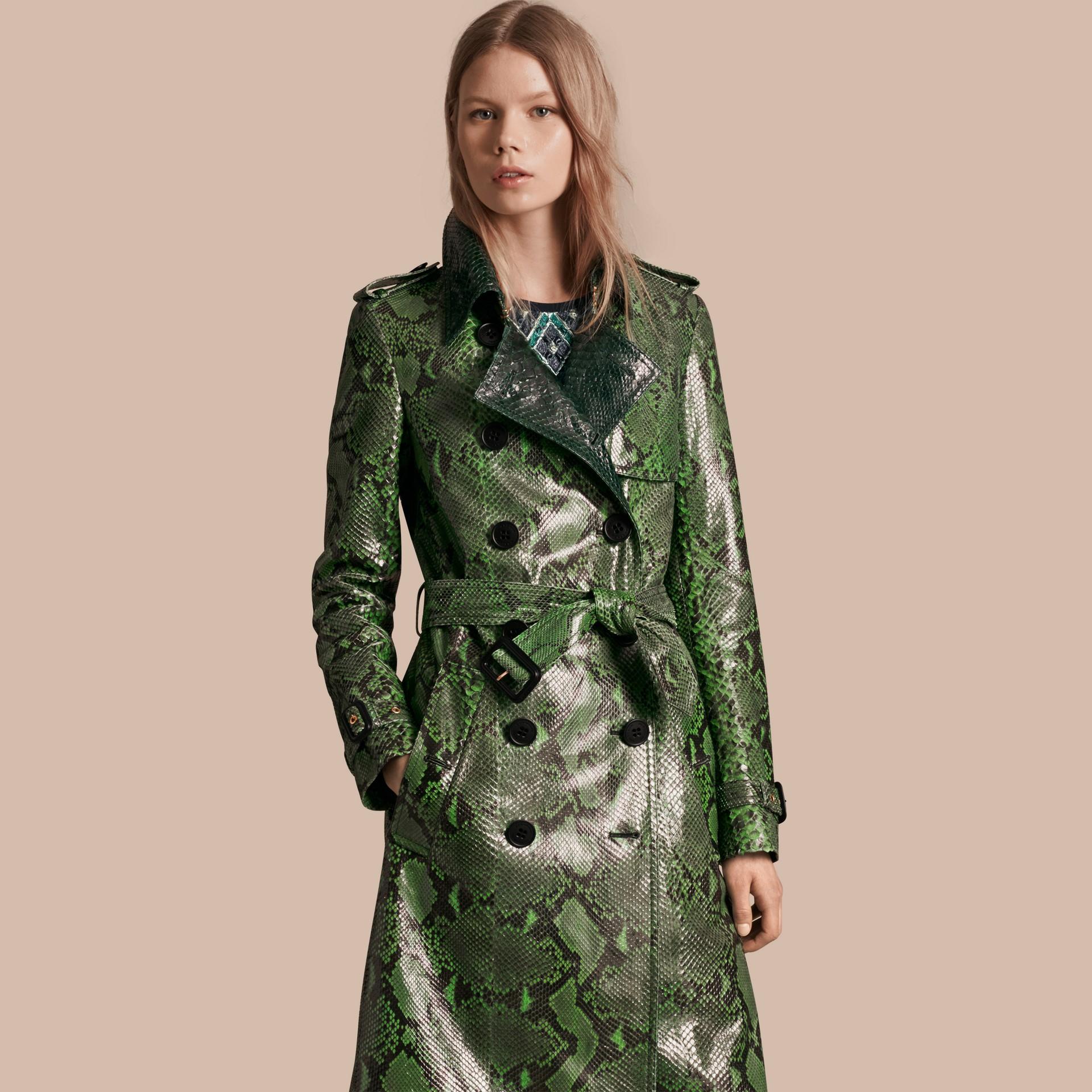 Vert vif Trench-coat en python non doublé - photo de la galerie 7
