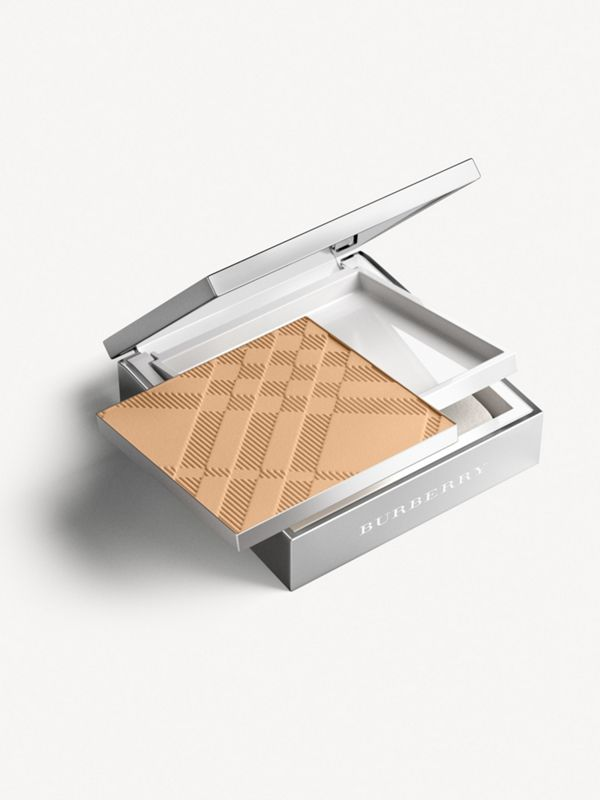Компактная основа Bright Glow Compact SPF 25 PA +++, Light Honey № 10 (№ 10) - Для женщин | Burberry - cell image 2