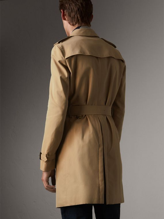 The Chelsea – Long Trench Coat in Honey - Men | Burberry - cell image 2