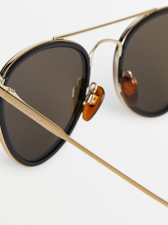 Pilot Sunglasses in Black - Women | Burberry United Kingdom - cell image 1