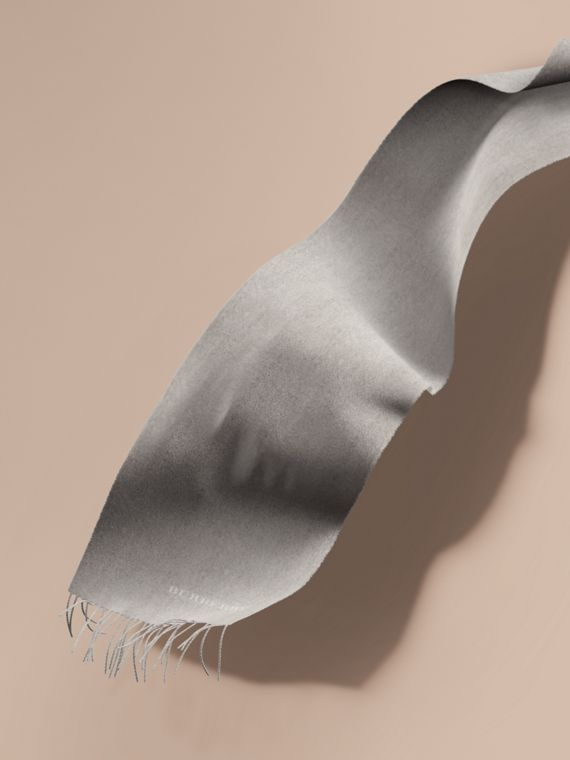 The Classic Cashmere Scarf in Pale Grey | Burberry