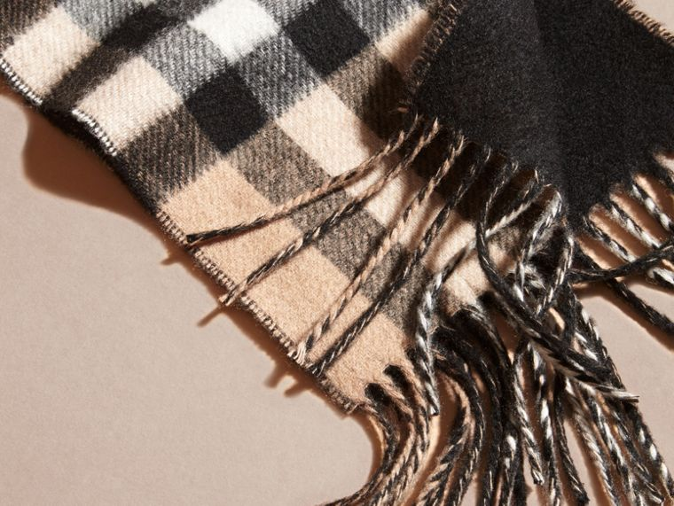 Camel/black The Slim Reversible Cashmere Scarf in Check Camel/black - cell image 1