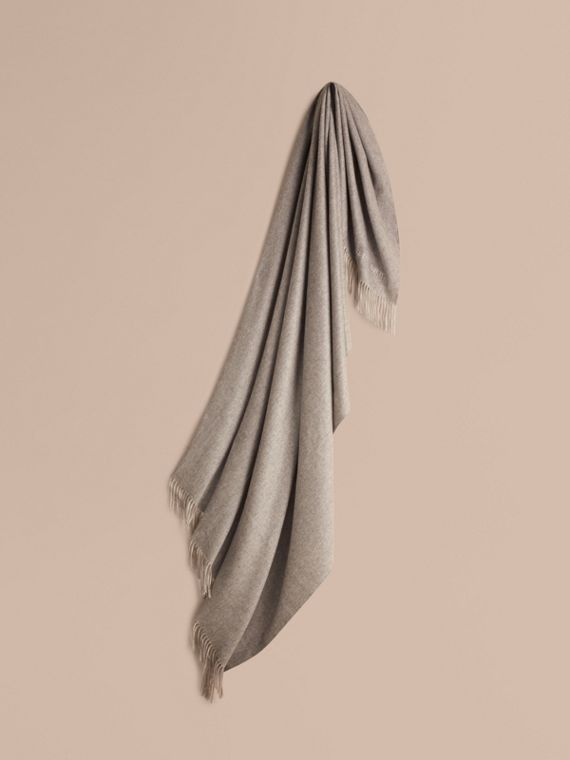 Cashmere Blanket in Pale Grey