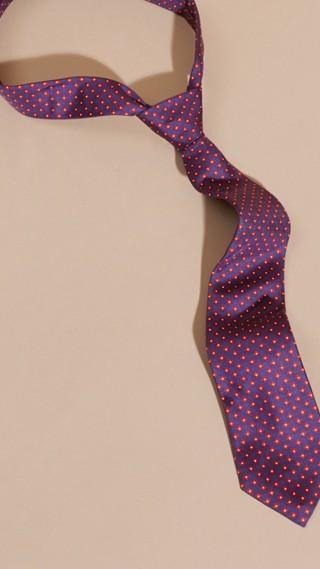 Cravate moderne à imprimé en soie