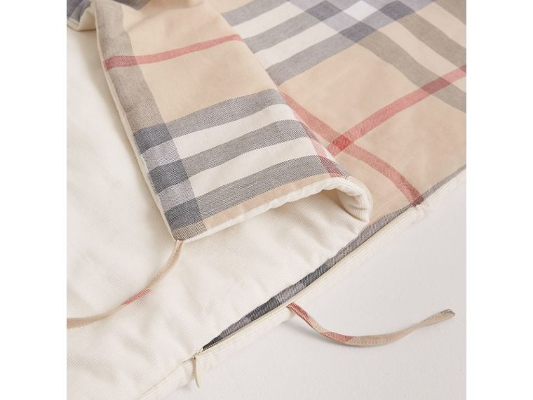 Check-Lined Baby Nest in Off White | Burberry - cell image 1