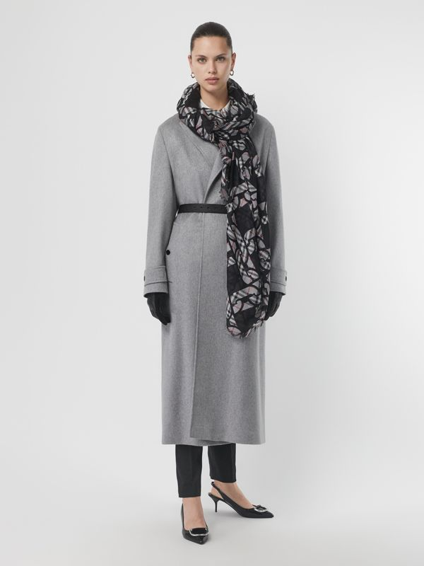 Link Print Vintage Check Large Square Scarf in Charcoal | Burberry Australia - cell image 2