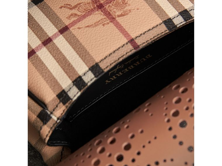 The Baby Bridle Bag in Leather and Haymarket Check in Pale Clementine - Women | Burberry Hong Kong - cell image 4