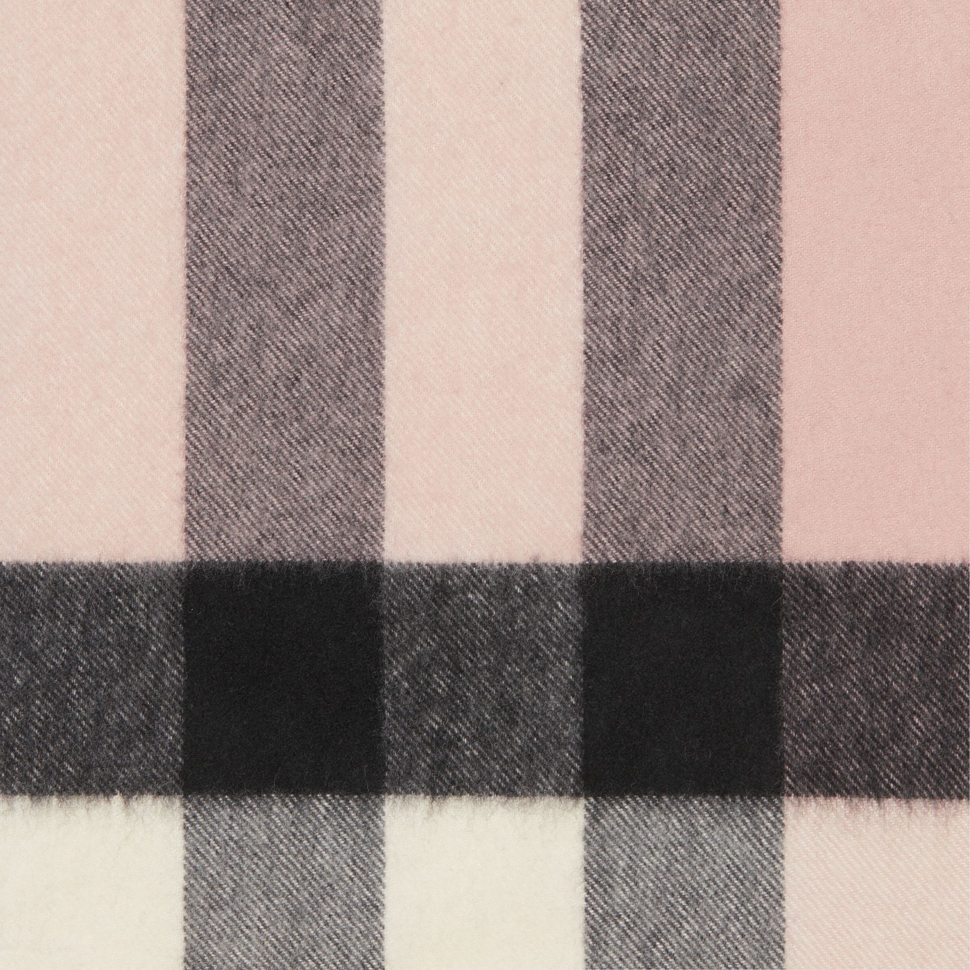 The Large Classic Cashmere Scarf in Check in Ash Rose | Burberry United Kingdom - gallery image 1