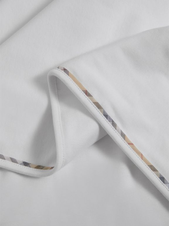 Cotton Three-piece Baby Gift Set in White | Burberry United Kingdom - cell image 1