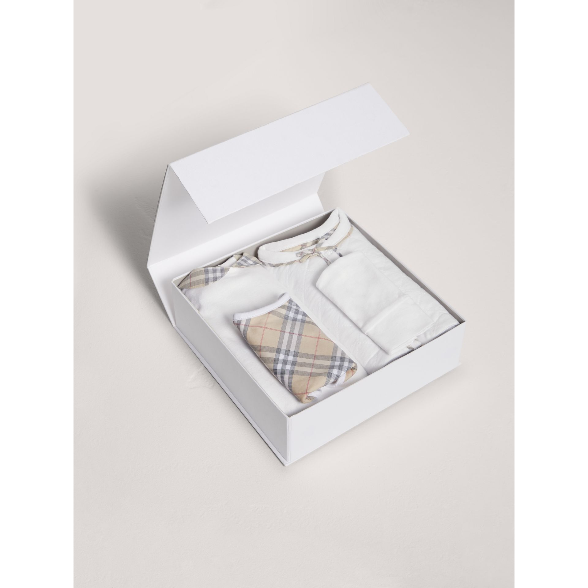 Cotton Four-piece Baby Gift Set in White - Girl | Burberry Canada - gallery image 2