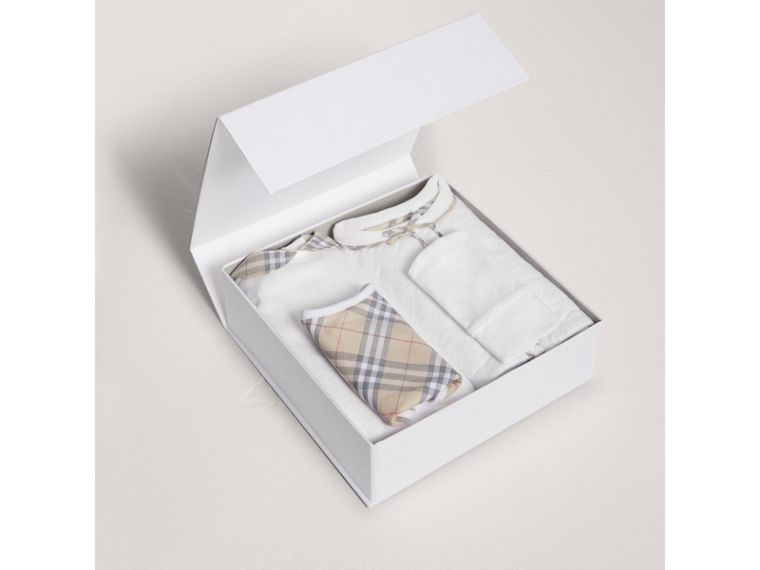 Cotton Four-piece Baby Gift Set in White - Girl | Burberry Singapore - cell image 2