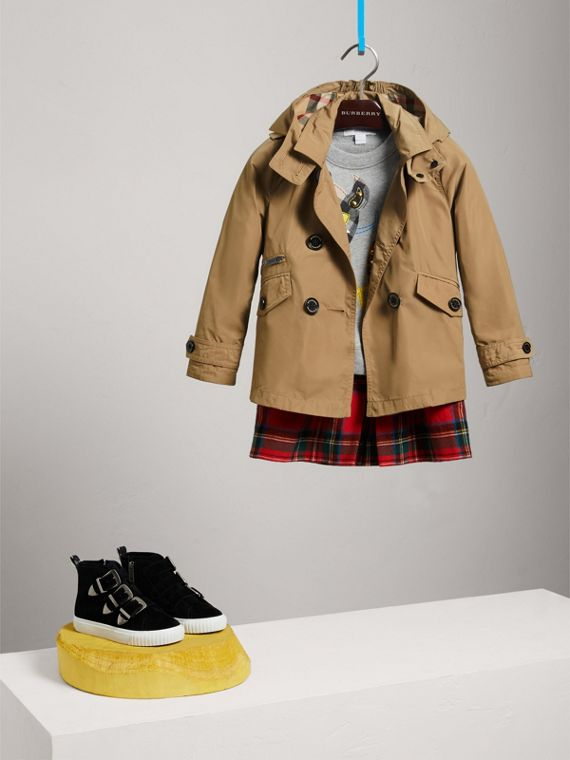 Detachable Hood Shape-memory Taffeta Trench Coat in Honey - Girl | Burberry - cell image 2