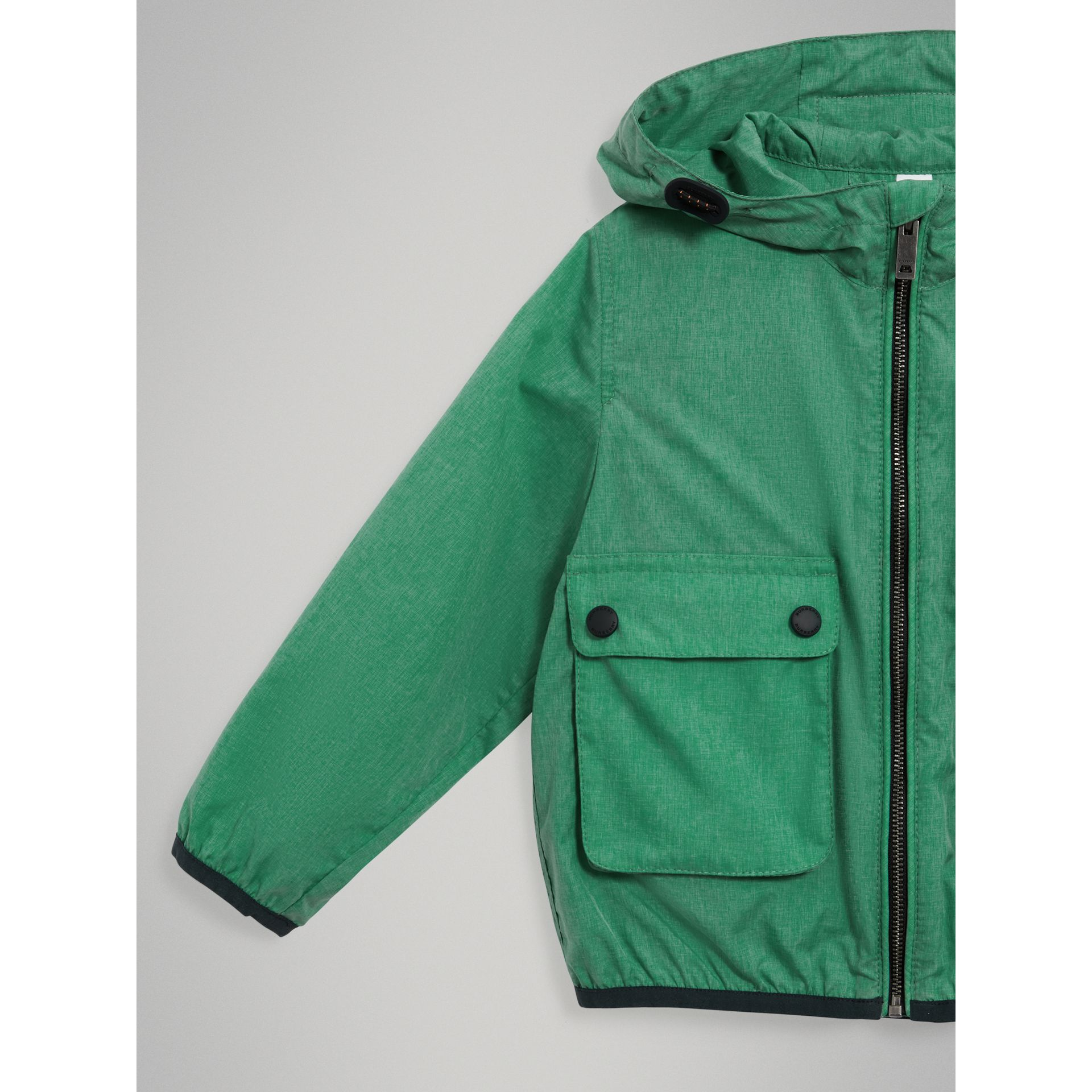 Showerproof Hooded Jacket in Vibrant Green - Boy | Burberry United States - gallery image 4