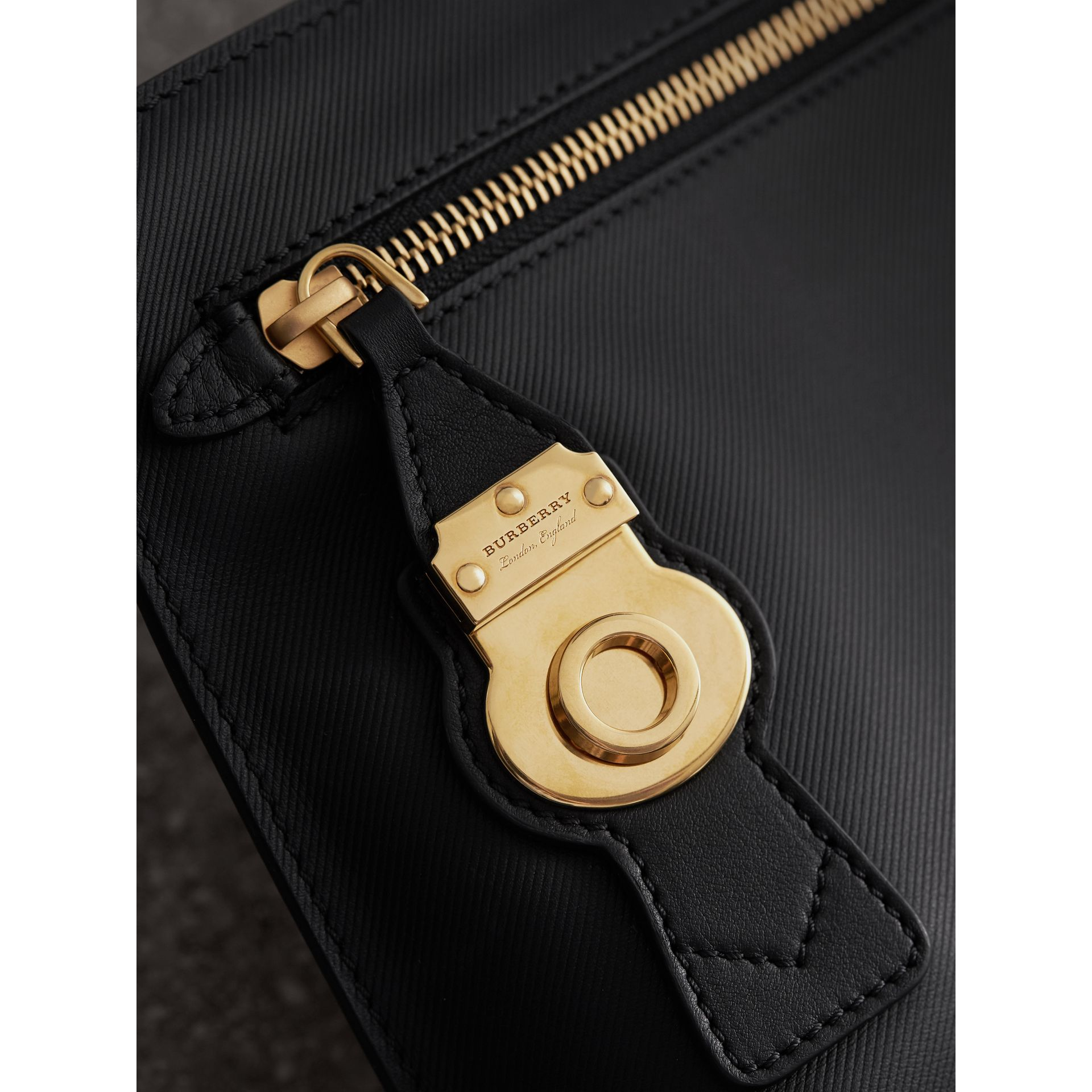 Trench Leather Wristlet Pouch - Women | Burberry Australia - gallery image 2