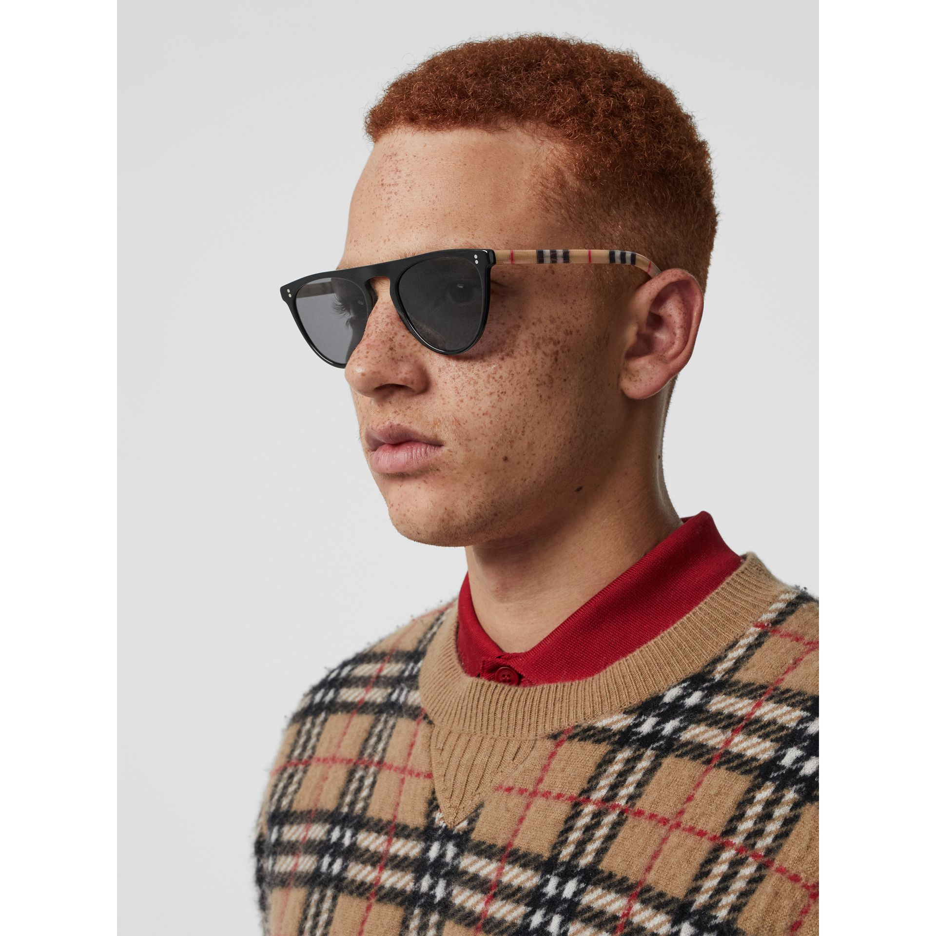 Vintage Check Detail Keyhole D-shaped Sunglasses in Black/beige - Men | Burberry - gallery image 2