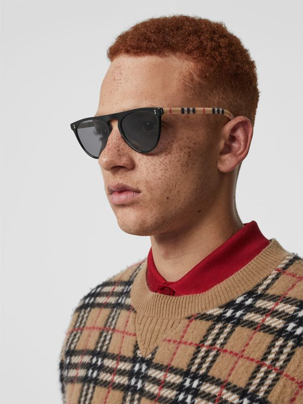 Vintage Check Detail Keyhole D-shaped Sunglasses in Black/beige - Men | Burberry Australia - cell image 2