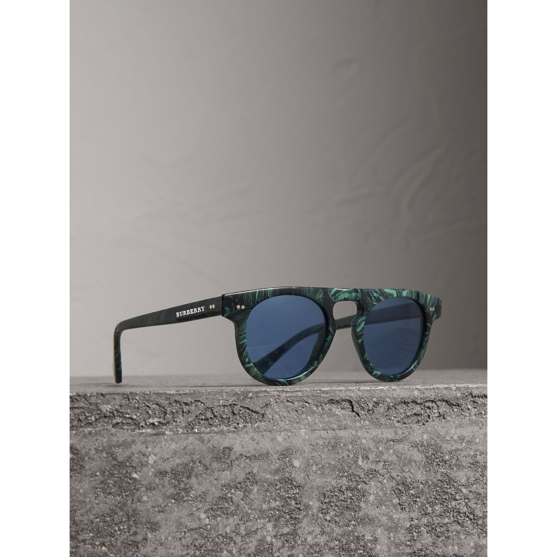 The Keyhole Round Frame Sunglasses in Green Marble/blue | Burberry Singapore - gallery image 0