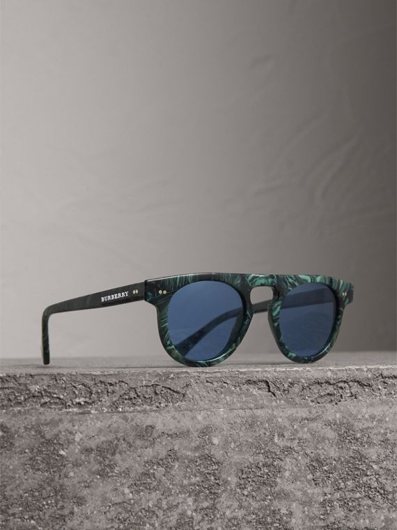 The Keyhole Round Frame Sunglasses in Green Marble/blue