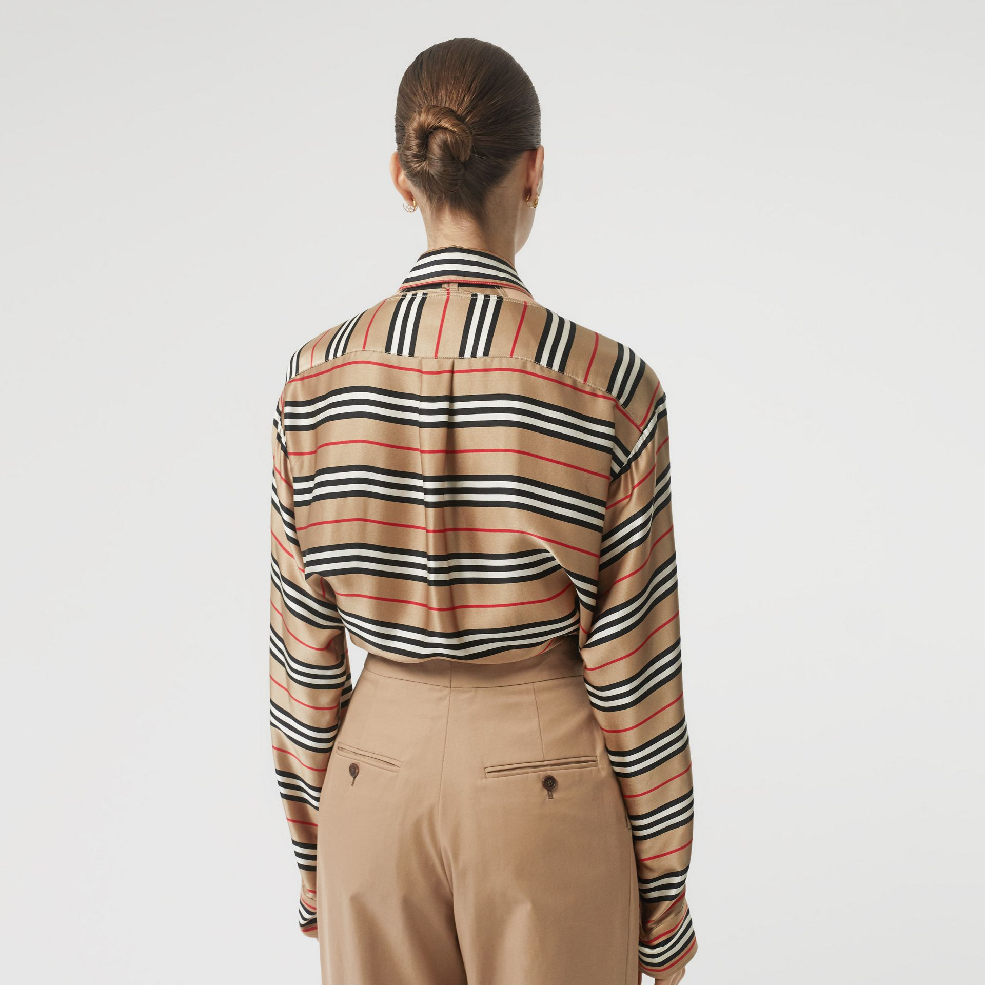 Cut-out Detail Icon Stripe Silk Shirt in Archive Beige - Women | Burberry United Kingdom - gallery image 2