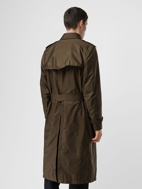 Lightweight Nylon Trench Coat in Military Green - Men | Burberry United Kingdom - cell image 2
