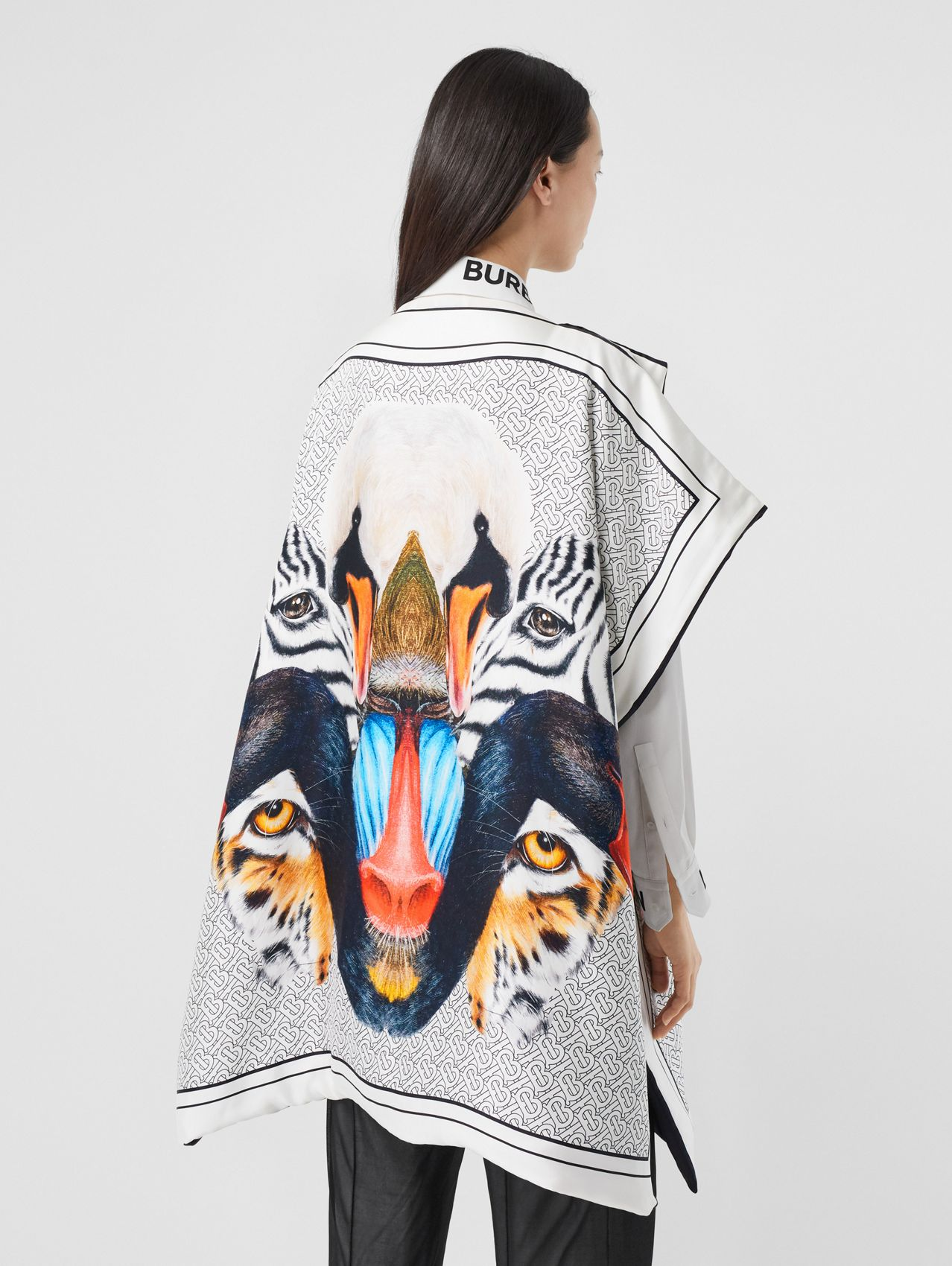 Animalia Print Silk Twill Cape (Multicolour)