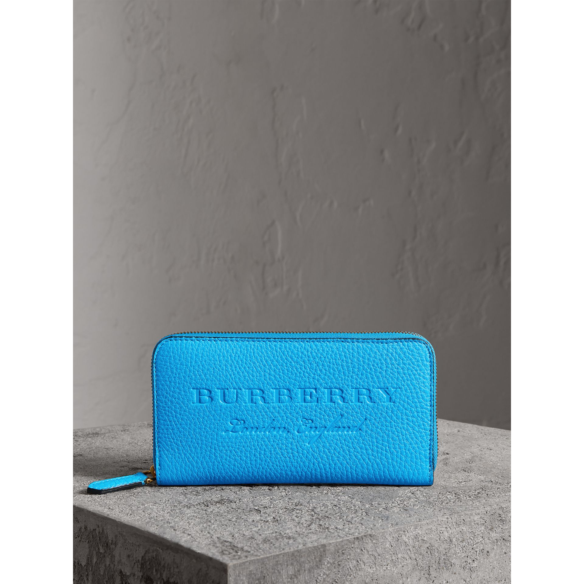Embossed Leather Ziparound Wallet in Bright Blue - Women | Burberry Hong Kong - gallery image 4