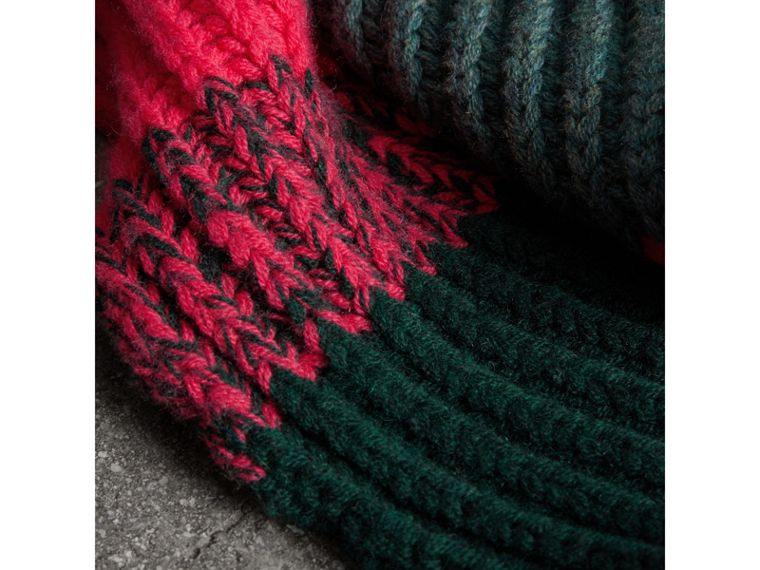 Striped Rib Knit Wool Cashmere Scarf in Bright Peony | Burberry United Kingdom - cell image 1
