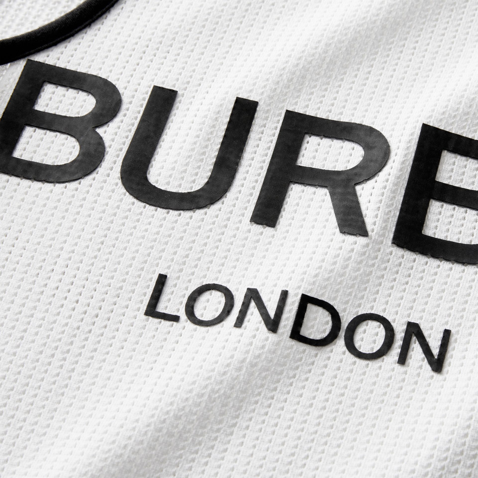 Débardeur en filet à logo imprimé (Blanc) | Burberry - photo de la galerie 1