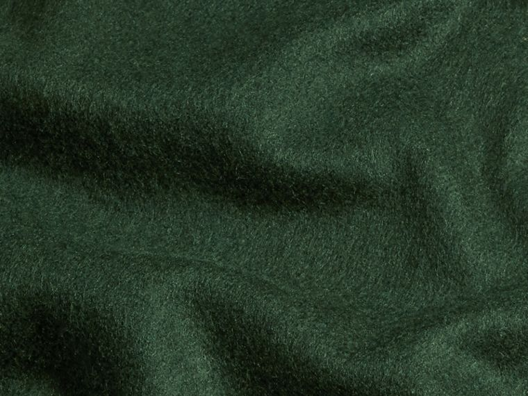 The Classic Cashmere Scarf in Dark Forest Green - cell image 4